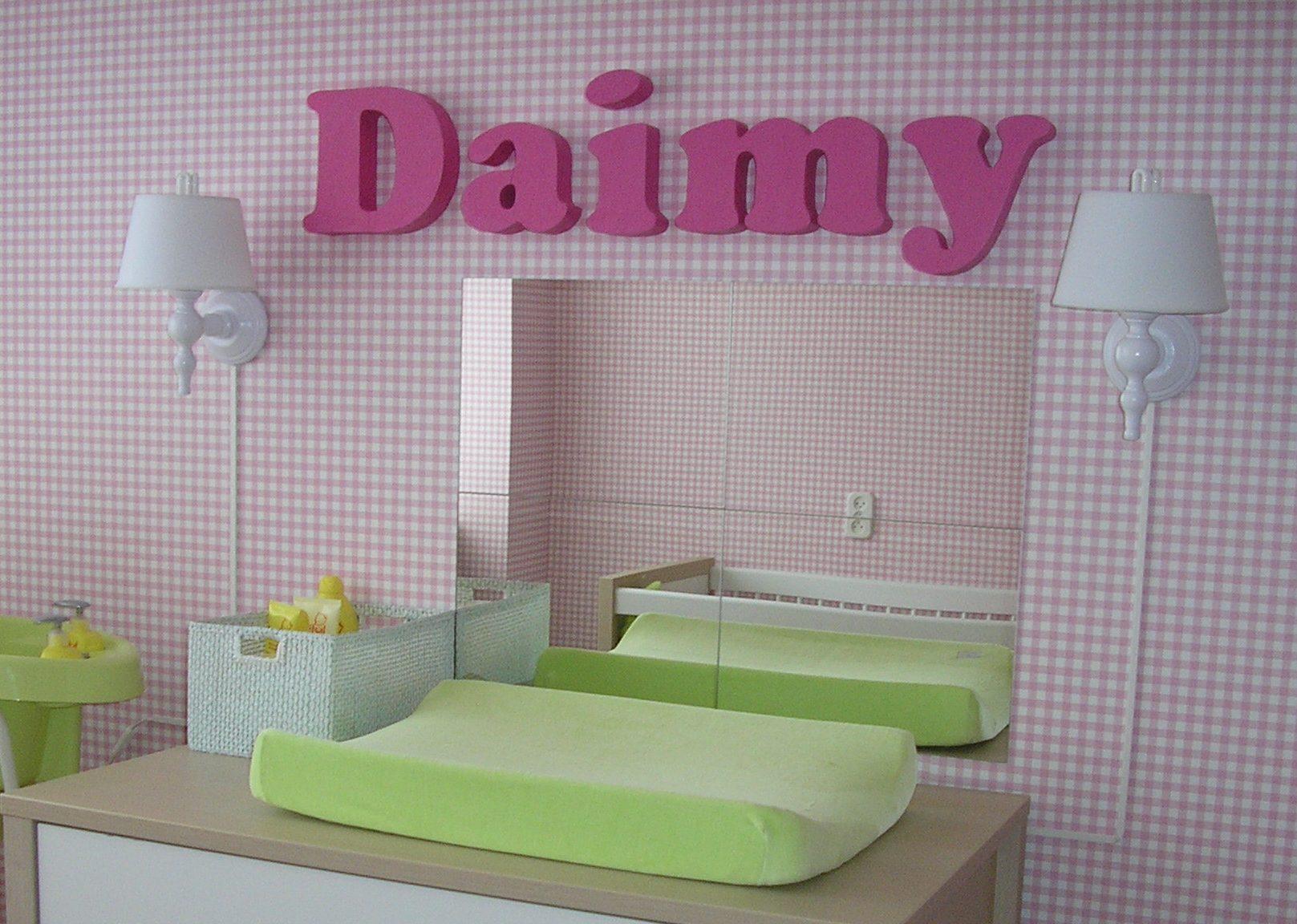 Piepschuim letters voor baby kamer